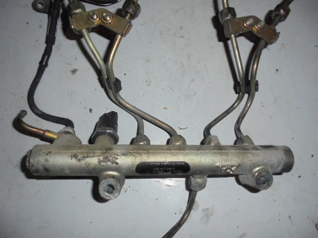 Rampa injectoare Opel Astra G 1.7cdti cod 0445214049