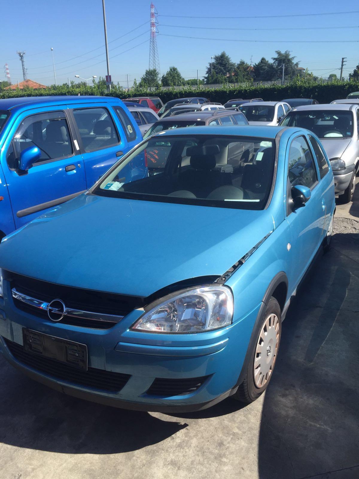 Dezmembrez Opel Corsa C FaceLift culoare albastru Z20N
