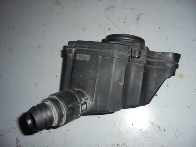 Epurator Gaze (separator ulei) Vw Polo 6N2 1.4 cod 036103464G