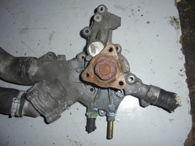 Pompa de apa Opel Corsa C 1.2 Z12XE