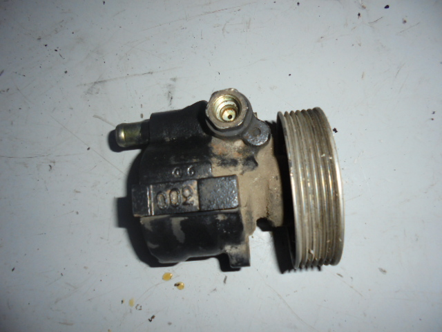 Pompa servodirectie Renault Laguna 1.8 cod 7700823794E