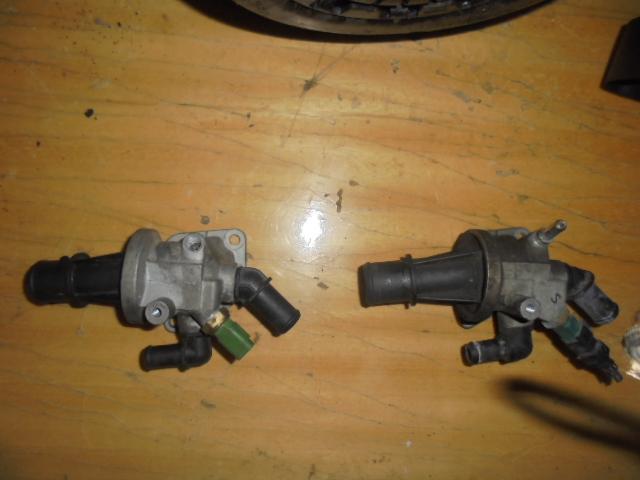 Carcasa Termostat ,Fiat Punto 1.3d multijet Opel Corsa 1.3 cdti 2007cod 55180041,10636be8