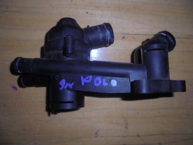 Carcasa Termostat Vw Polo 9N 1.2 AZQ cod 03c121111b