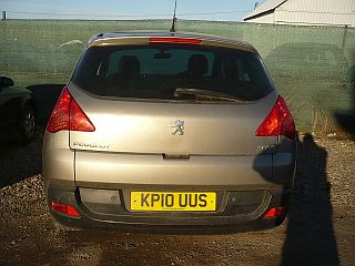 Dezmembrez Peugeot 3008 1.6i