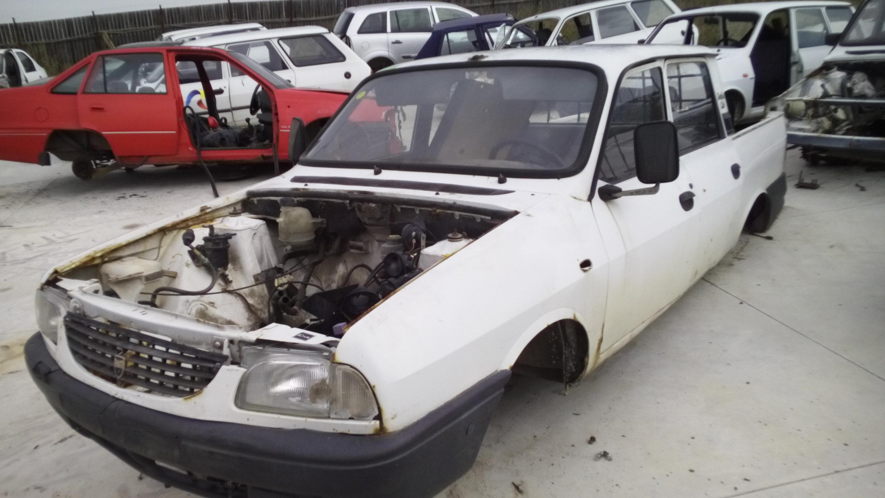 Dezmembrez Dacia 1310, an 2003