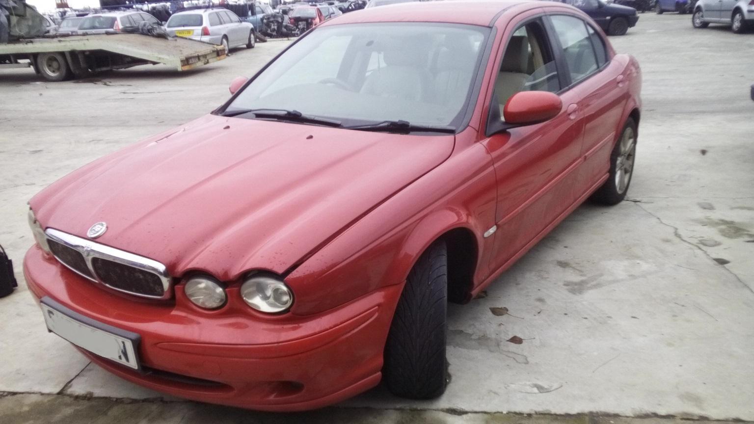 Dezmembrez Jaguar X-Type, an 2004