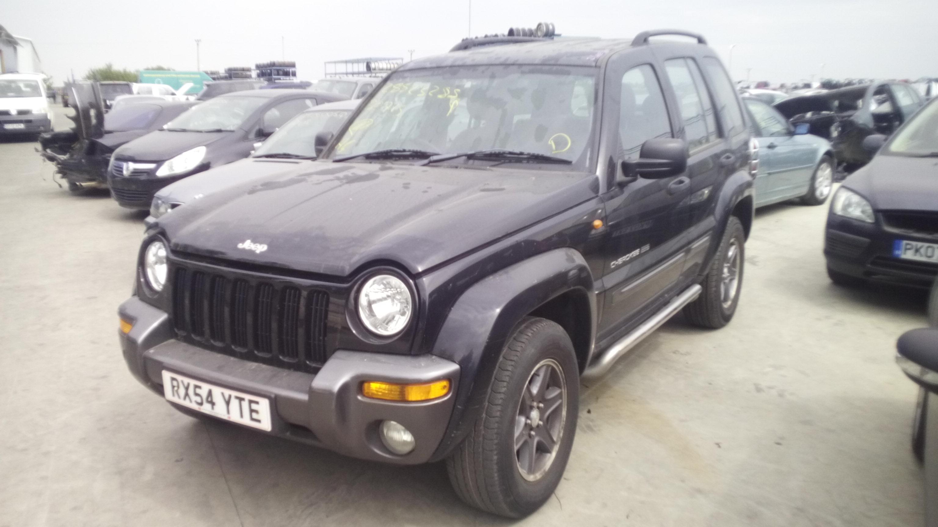 Dezmembrez Jeep Cherokee, an 2004