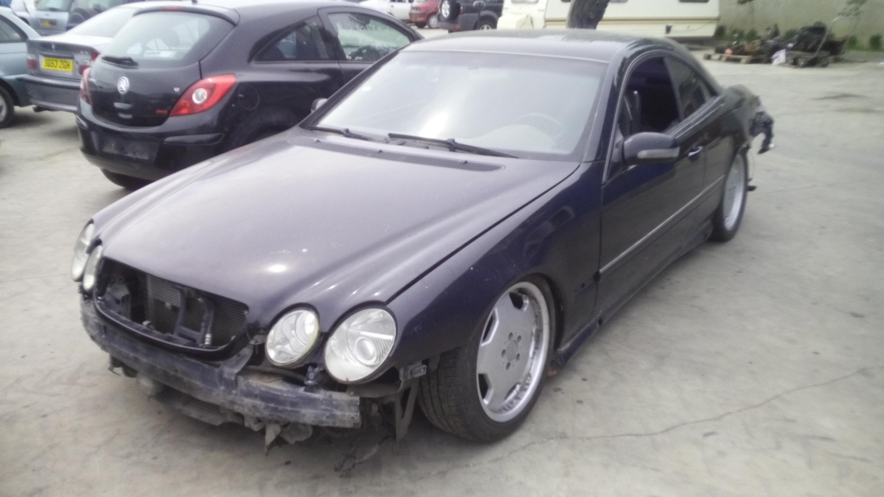 Dezmembrez Mercedes-Benz CL55AMG, an 2001