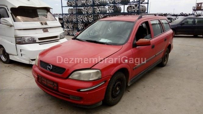 Dezmembrez Opel Astra G, a 2001