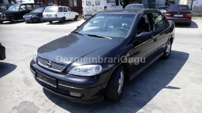 Dezmembrez Opel Astra G, a 1999