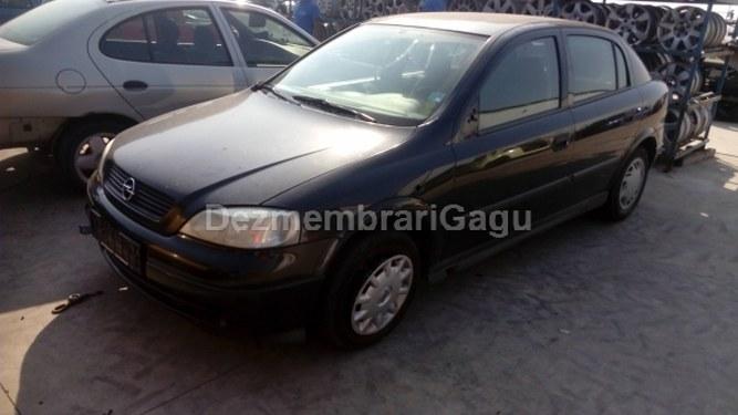 Dezmembrez Opel Astra G, an 2000