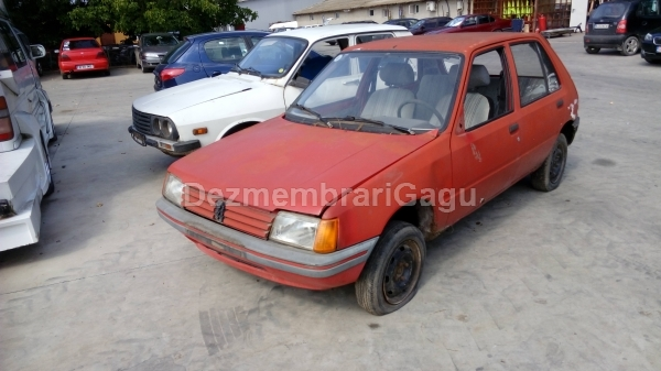 Dezmembrez Peugeot 205, a 1986