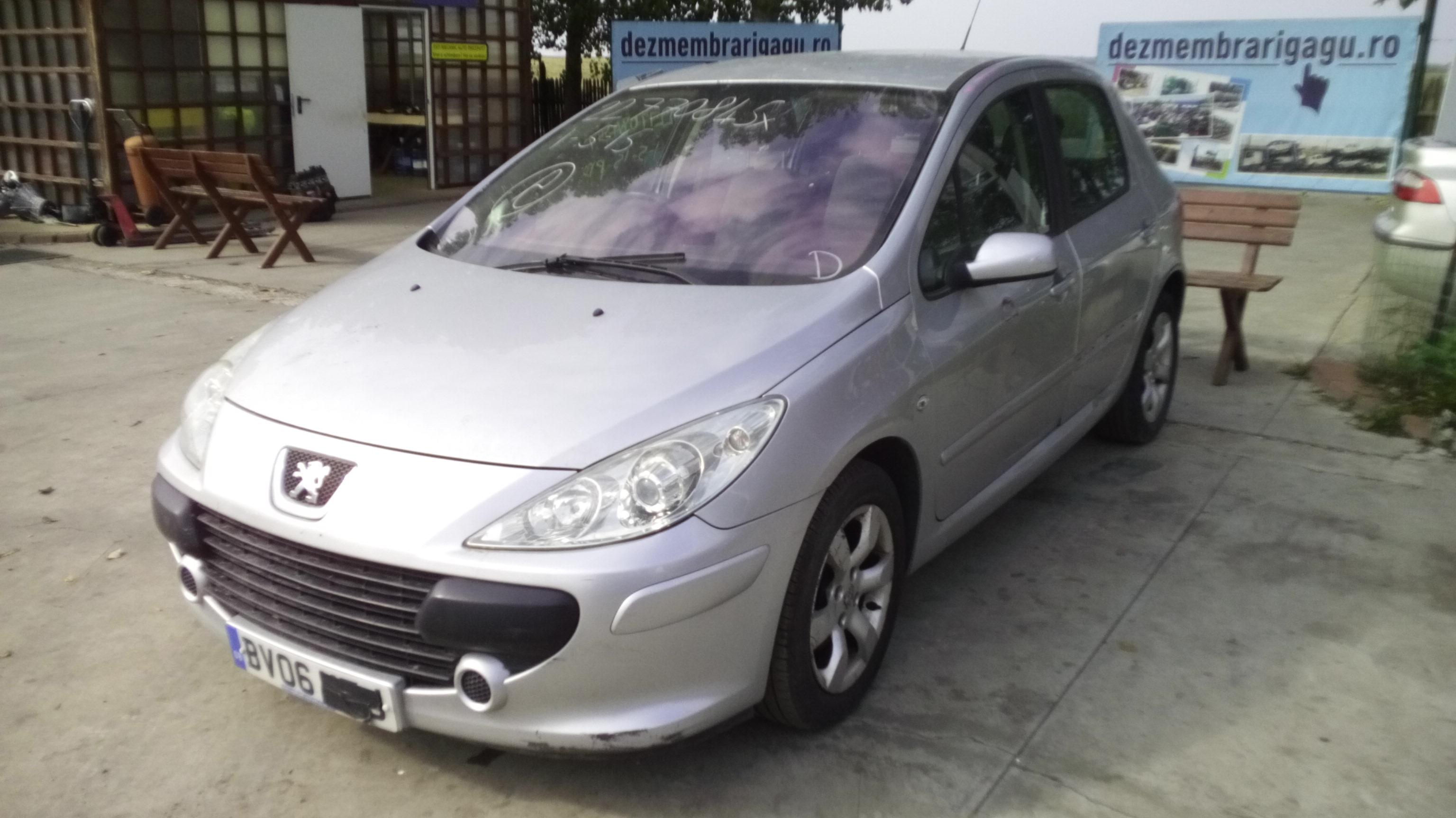 Dezmembrez Peugeot 307, an 2009