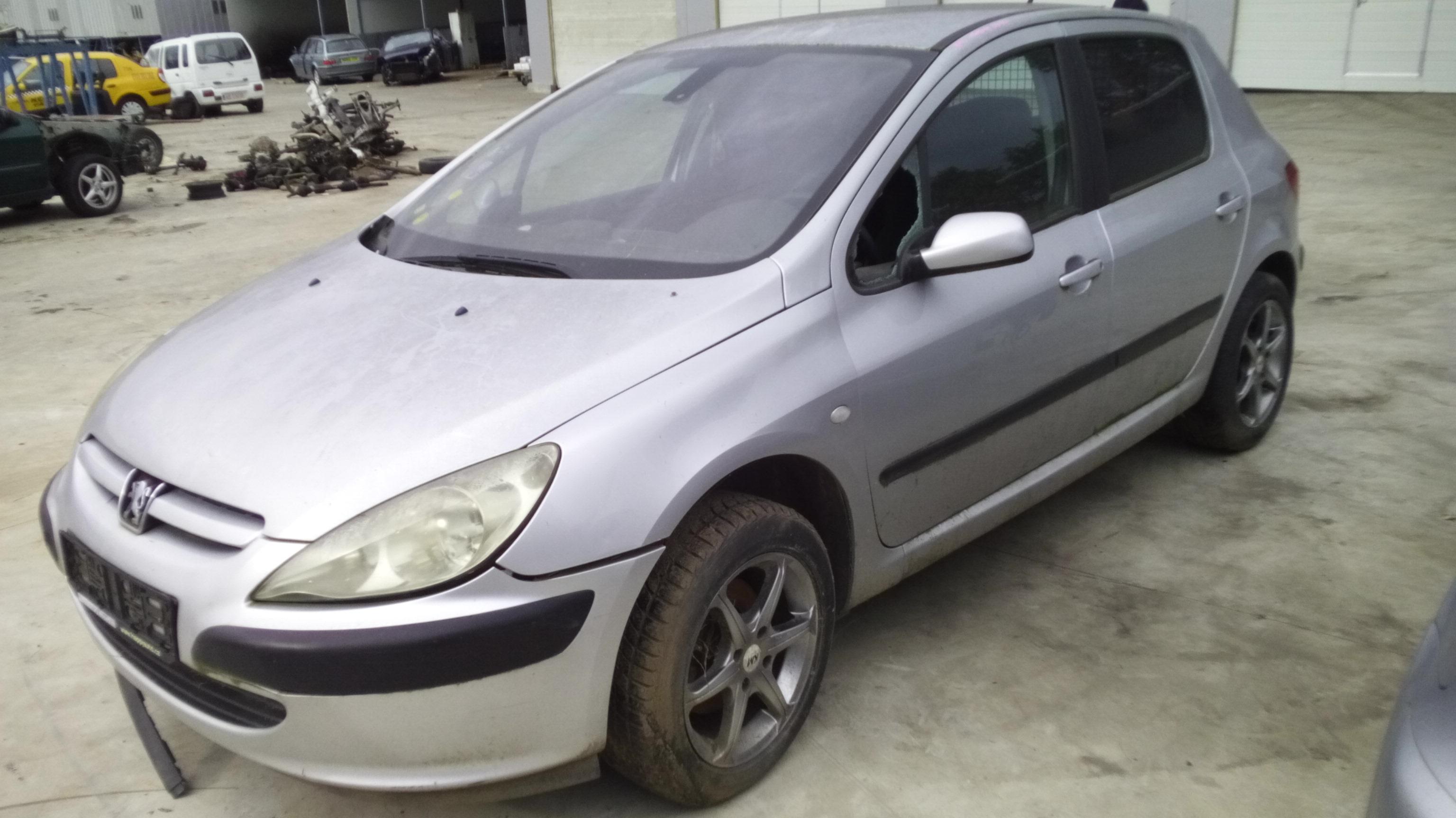 Dezmembrez Peugeot 307, an 2002