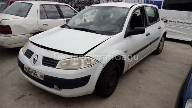 Dezmembrez Renault Megane II, an 2003