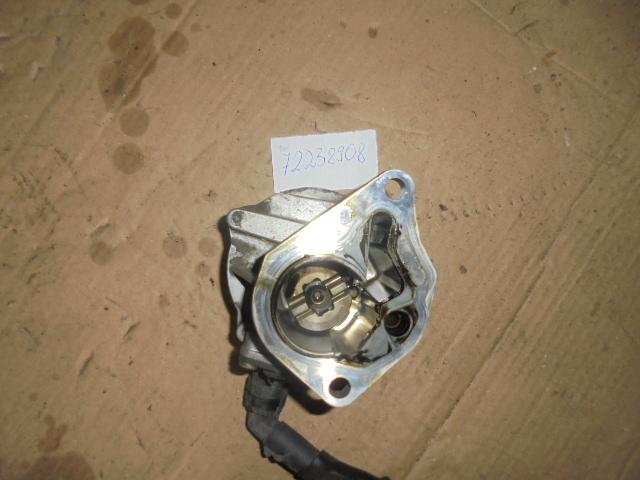 Pompa vacuum Laguna 2 1.9dci , VOLVO V40 1.9 Di 115 BHP 85KW 2002 cod 8200072985  72238908F