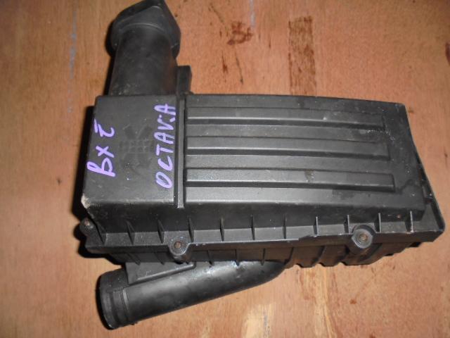 carcasa filtru aer skoda octavia 2cod 3c0129607ba