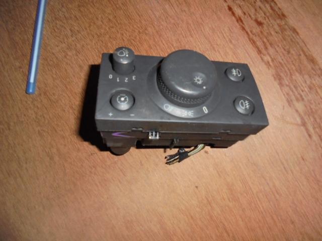 comanda bloc lumini opel vectra c cod gm 13230798