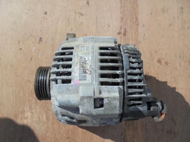 alternator peugeot partner 1.4 i cod A13VI141,14 volti,70 de amperi