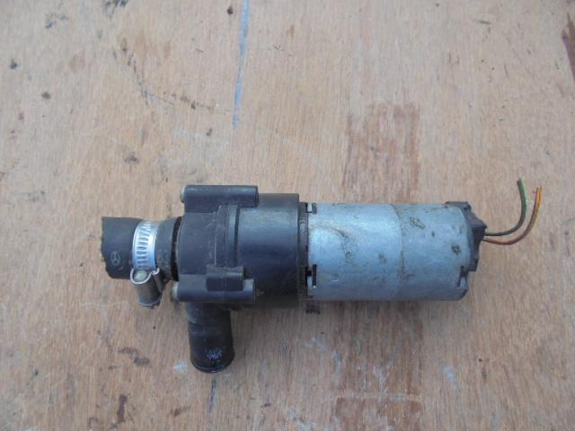 pompa recirculare apa mercedes cod 0018351364