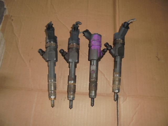 injectoare renault trafic 1.9 dci an de fabricatie 2004 cod 0445110280
