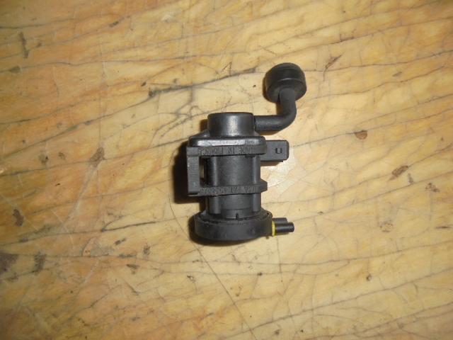 supapa vacuum opel vectra c motor 1.9 cdti cod 4534375