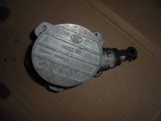 pompa vacuum renault master 2.2 dci cod 8000102535 b