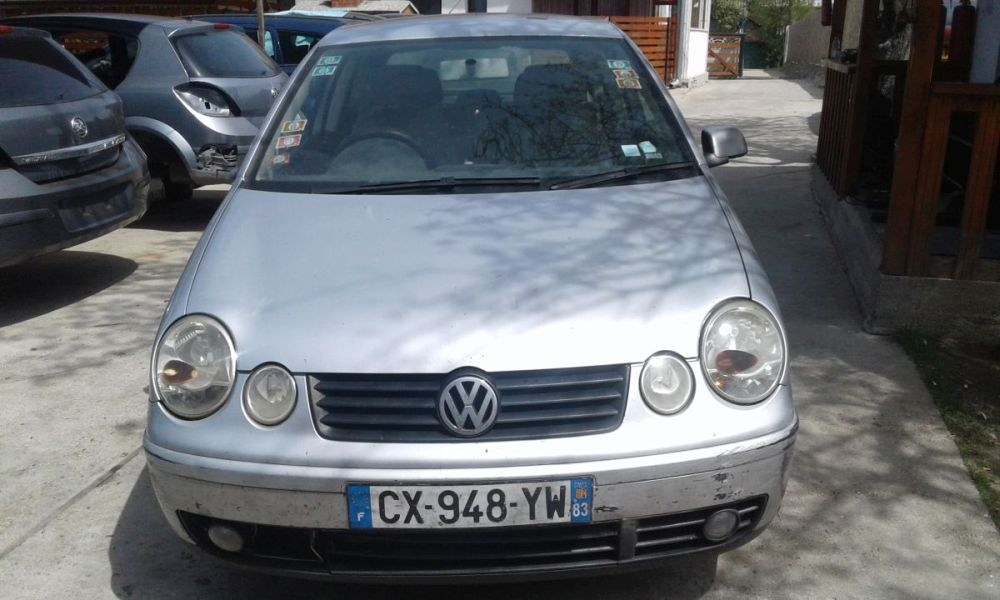 Dezmembrez Volkswagen Polo an 2004