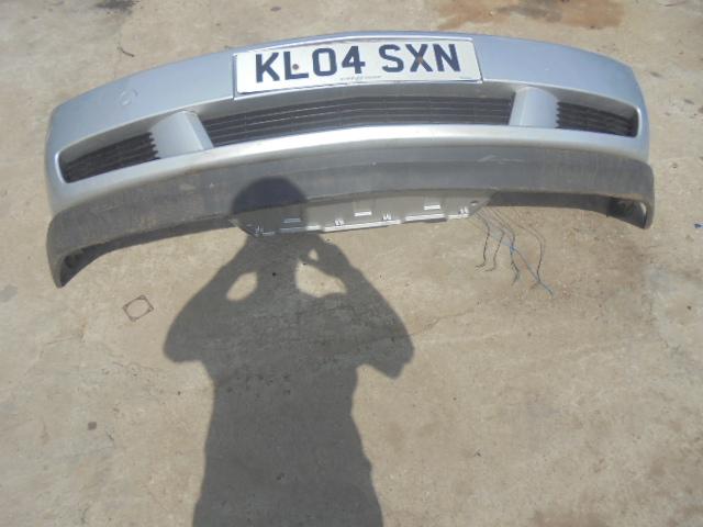 bara fata opel vectra c,culoare argintiu metalizat an de fabricatie 2004 cod 09186107