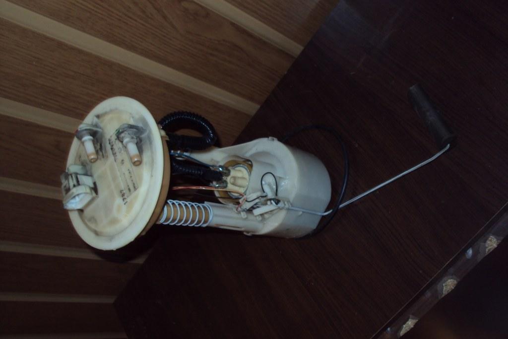 pompa benzina cu litrometru pt renault laguna 1