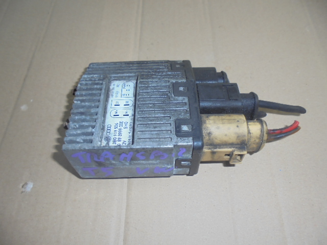 releu electroventilatoare vw transporter t5 cod 3b0919506
