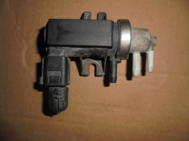 convertor presiune turbina vw transporter t5 1.9 tdi an 2005 cod 1j0906627c