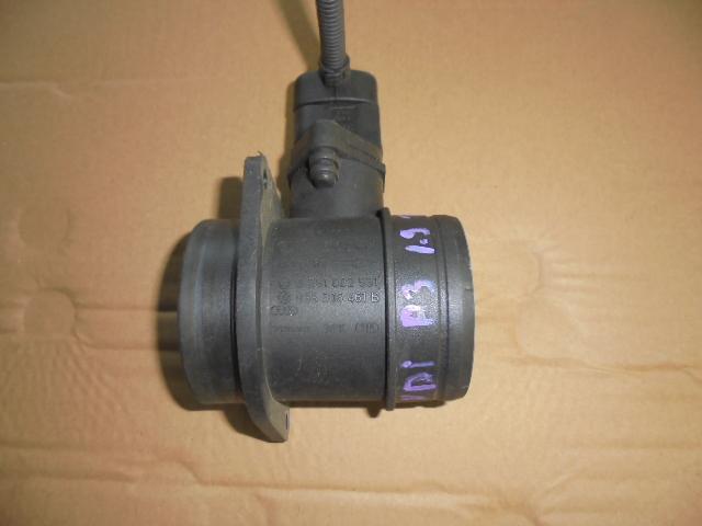 debitmetru aer audi a3 1.9 tdi motor bkc an 2007 cod 038906461b