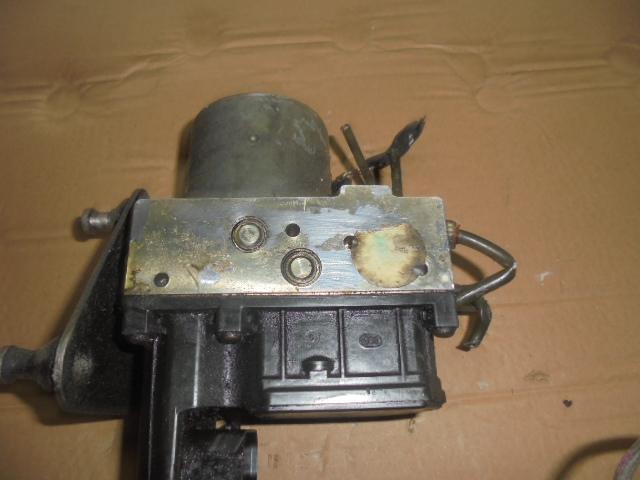 pompa abs mercedes sprinter 2.2 cdi an de fabricatie 2004 cod 0265950098