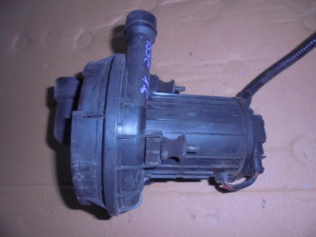 pompa aer secundara motor 1.6 bse,audi a3,vw golf 5,skoda octavia 2 cod 06a959253b