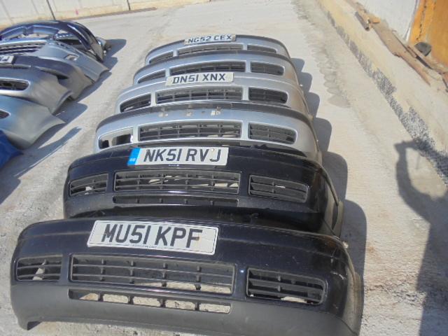 bara fata volkswagen golf 4,  6 bucati in stoc fara proiectoare , culori negru, argintiu, cod 1F0807
