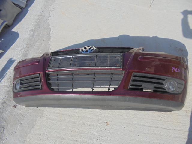 bara fata volkswagen polo 9N2, culoare visinie , cu proiectoare, cod 6Q0807221C