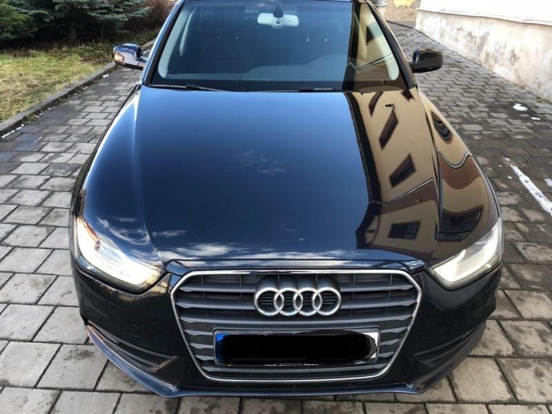 Dezmembrez Audi A4(B8 8K) Avant din 2012-facelift