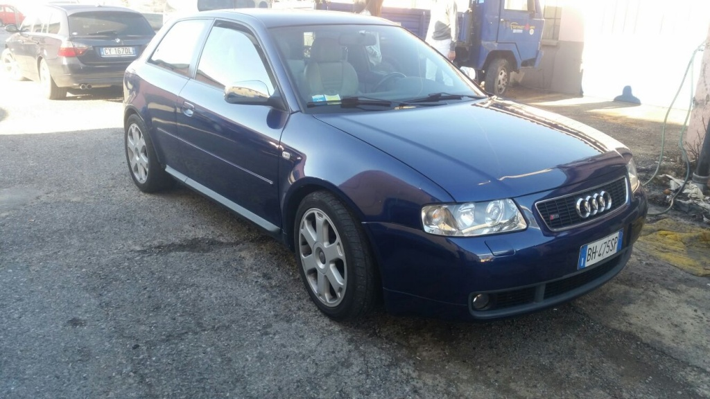 Dezmembrez Audi A3 1.6 b 2003