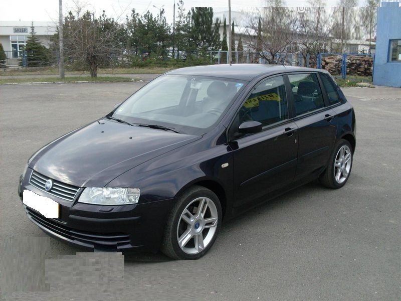 Dezmembrez Fiat Stilo 1.9 2002