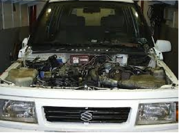 Dezmembrez Suzuki Vitara 2.0 b an 2000