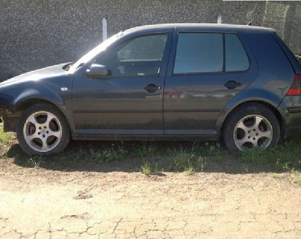 Dezmembrez VW Golf 4 1.4 tdi 2003