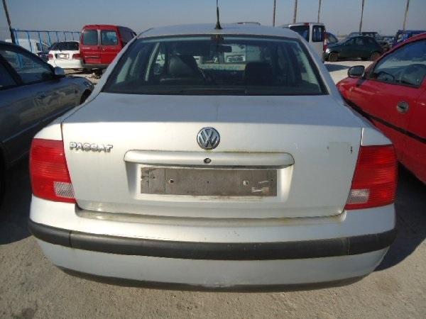 Dezmembrez VW Passat 110 cai 1.9 TDI 2000
