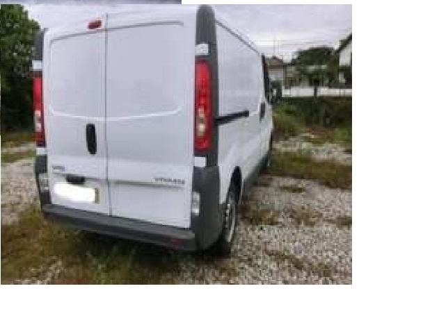 Dezmembrez Opel Vivaro 1.9 CDTI 2007