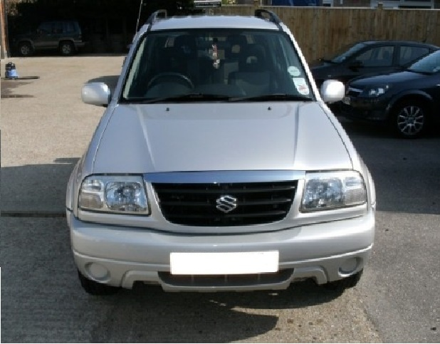 Dezmembrez Suzuki Vitara 1.6 b 1998
