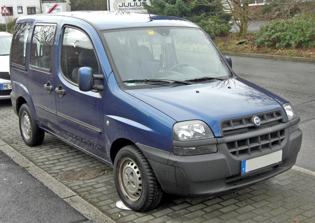 Dezmembrez Fiat Doblo 1.9 JTD 2001
