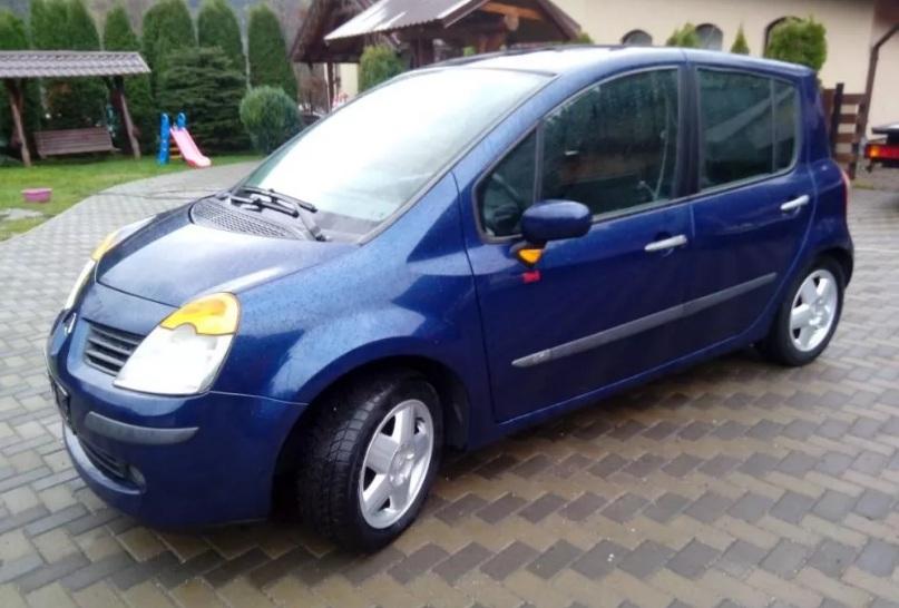Dezmembrez Renault Modus 1.4 b 2004