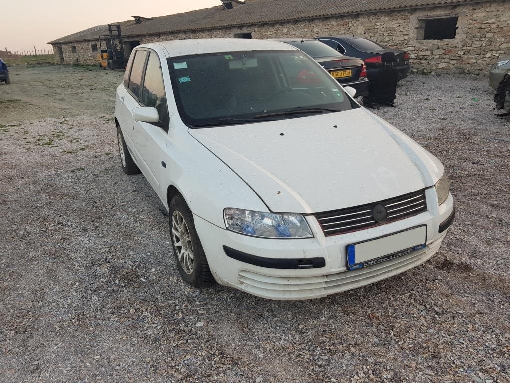 Dezmembrez Fiat Stilo 1.9 JTD 2003