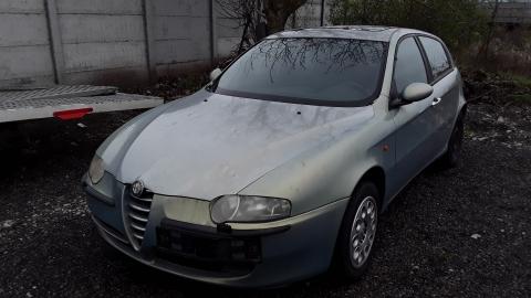 Dezmembrez Alfa Romeo 147, an 2002, motorizare 2.0 16V, Benzina, kw 110, caroserie Hatchback.