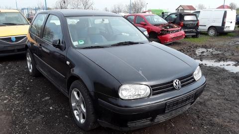 Dezmembrez Volkswagen Golf IV, an 2002, motorizare 1.6 16V